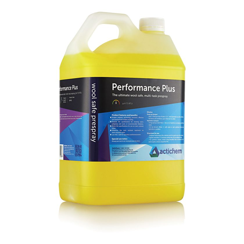Multi-task prespray detergent for hot water extraction carpet cleaning