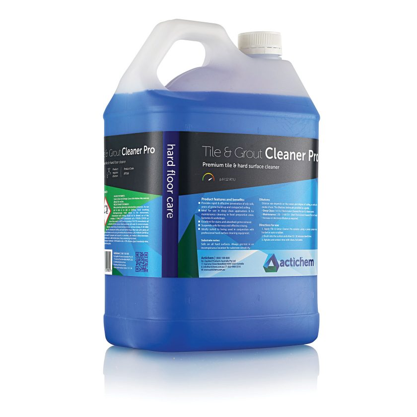 Alkaline cleaner for natural stone and tiles